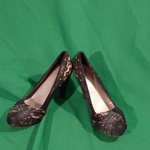BKE sz 8 black/nude lace stud heels
